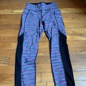 Reversible Sweaty Betty leggings. Black on reverse